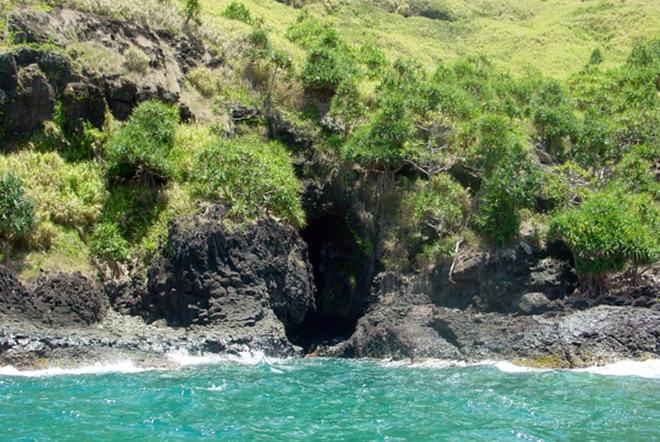 Faille Puapatito de Akamaru Gambier © Tahiti Heritage