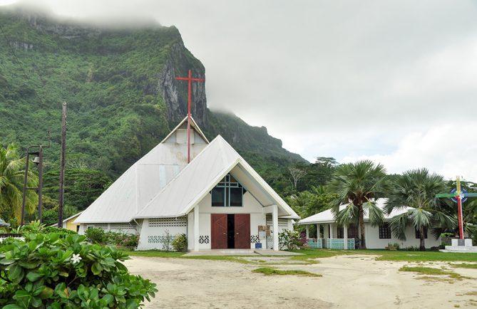 Eglise Saint-Pierre Célestin de Vaitape, Bora Bora. Architecte David Chauvin