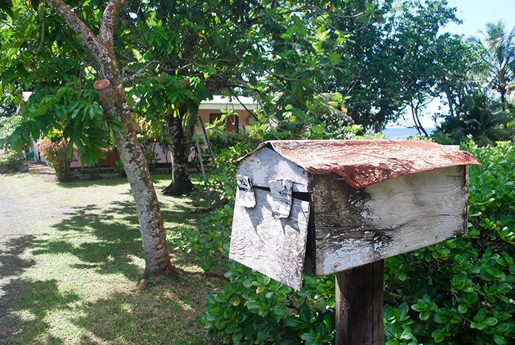 Boite aux lettres à Tiarei, Tahiti © Tahiti Heritage