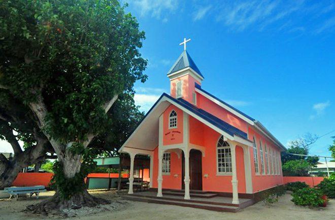 Eglise de Manihi. Photo Sabaydii blogspot