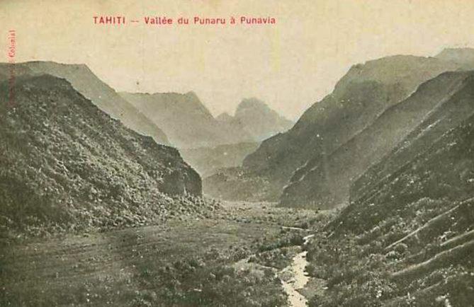 Vallée de la Punaruu à Punaauia vers 1910