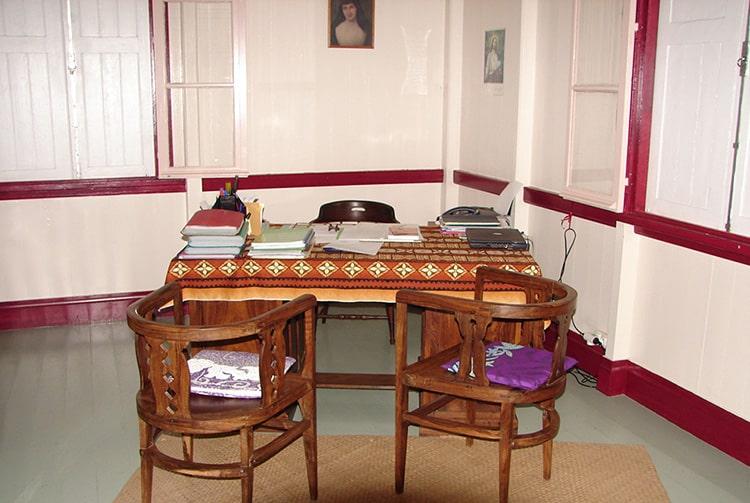 Bureau de la maison Tambrun de Uturoa, île de Raiatea © Tahiti Heritage