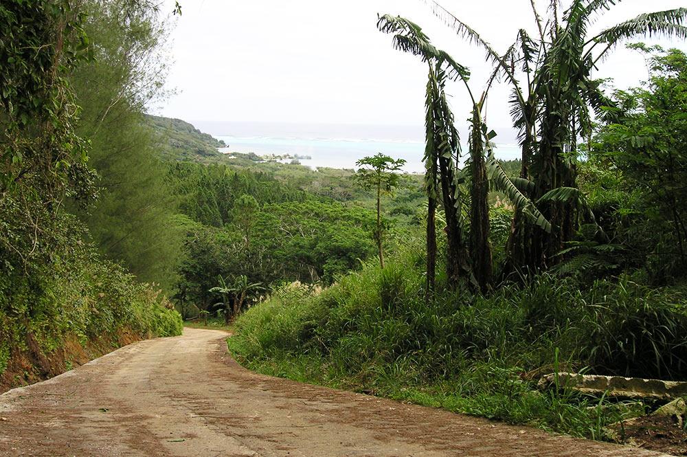 Route traversière de Raivavae. Communauté d'écotourisme de Raivavae