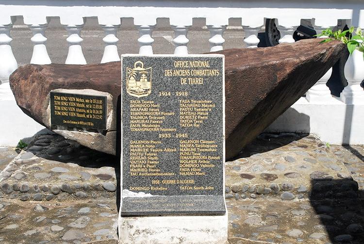 Monument au morts de Tiarei, Tahiti