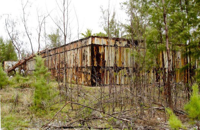Ancien blockhaus du CEP à Tureia. Photo Mermoz