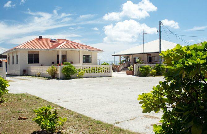Ancienne et nouvelle Mairies de Mataiva, Tuamotu