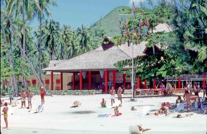 Club Med de Moorea en 1966 - themexicans-files