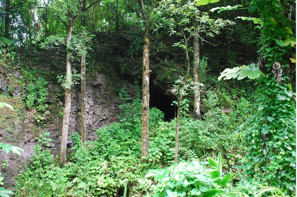 Grotte Vai Fa'aoe, Ana tupapa'u, à Hamuta