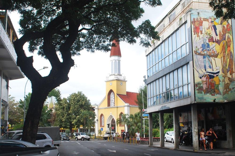 La cathédrale et la fresque de la Bounty en 2015
