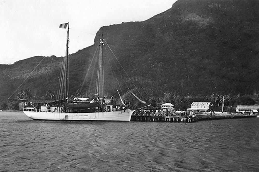 Le quai de Vaitape à Bora Bora en 1934. Photo Hawaï University