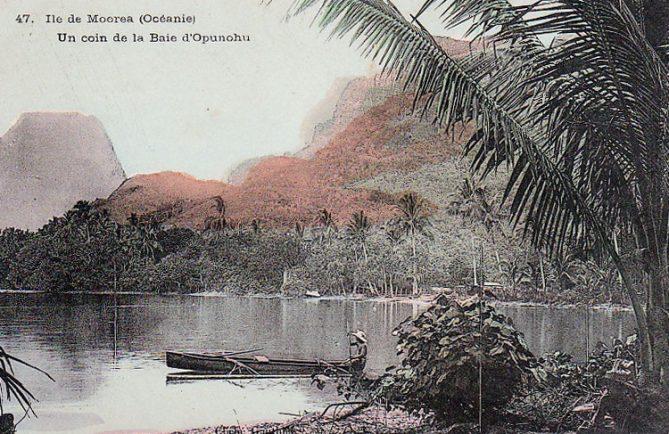 Un coin de la baie d'Opunohu à Moorea, vers 1910