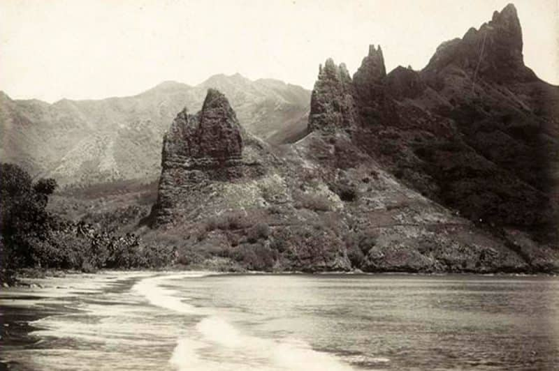 Baie de Hatiheu en 1899. Photo Agostini