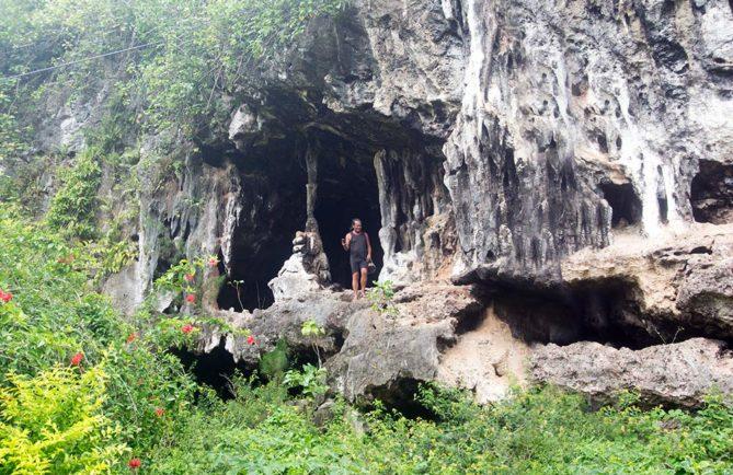 Tupumai, la grotte à deux niveaux, Rurutu