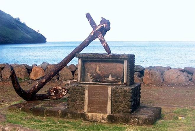 Monument Dupetit Thouars à Tahuata