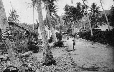Ancien village de Moumu à Makatea. Photo Lucien Gauthier.