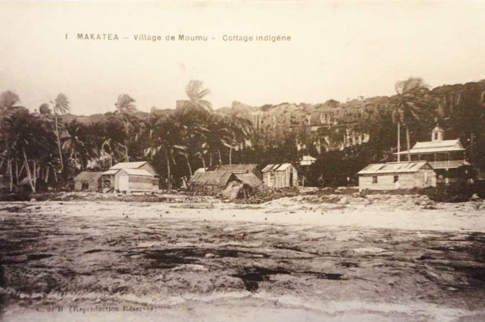 Village de Moumu, vue de la mer, Makatea