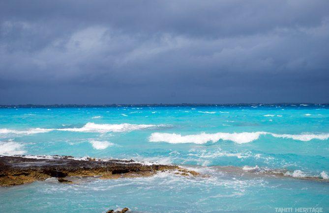 Le lagon de Fakarava sous le maramu, le vent du sud. © Tahiti Heritage