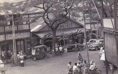Papeete, le Quinn's Tahitian Hut, vers 1950.