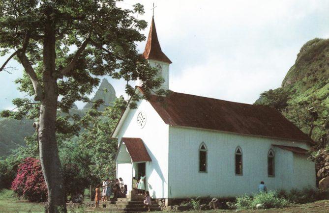 Eglise Sainte-Thérèse de Hakahetau à Ua Pou