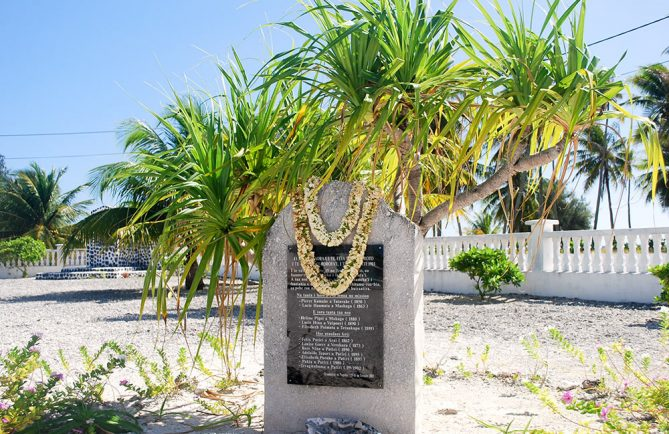 Monument aux victimes des cyclones, Napuka