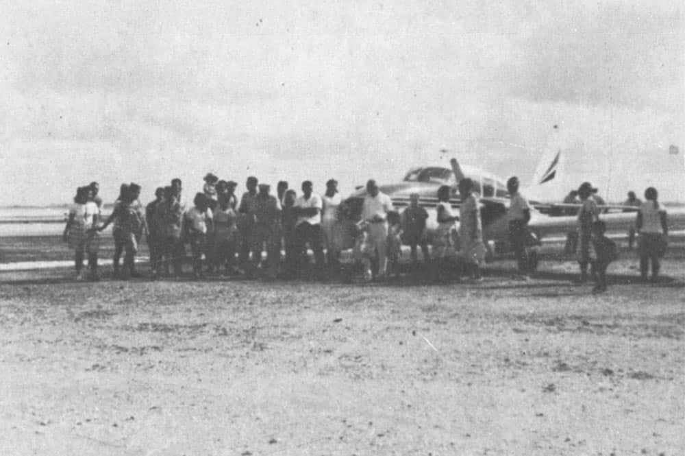 Atterrissage de Japy à Fakahina