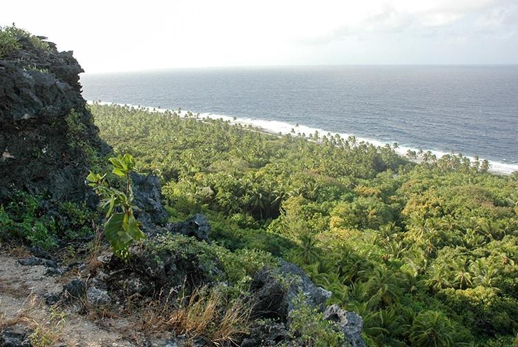 Belvédère de Moumu, vue vers l'ouest, Makatea.