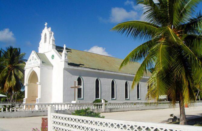 Eglise Jeanne d'Arc de Puka Puka © Tahiti Heritage