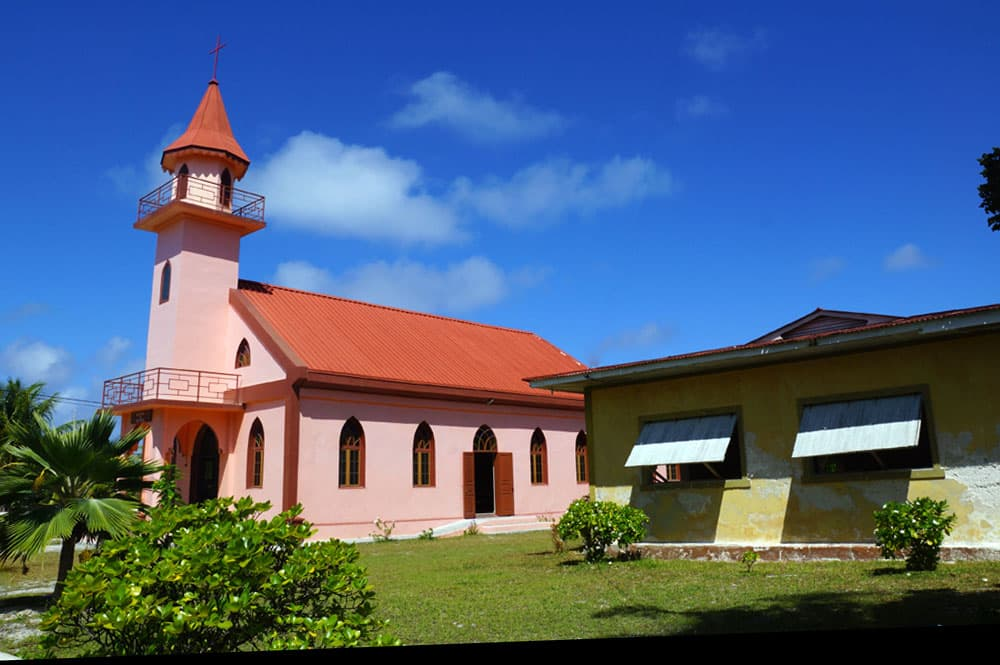 Eglise saint-Louis-Gonzague, Takapoto