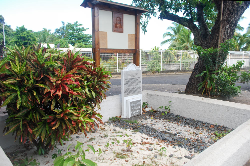 Tombe du pasteur Henri Nott à Arue, Tahiti