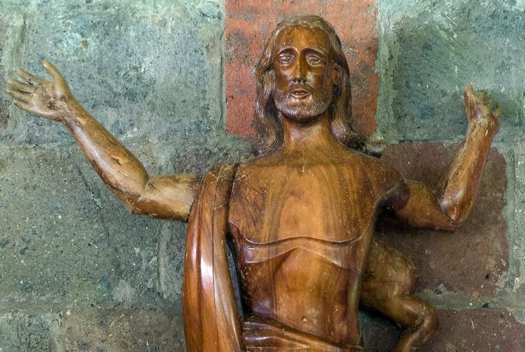 Statue du Christ, église de Taipivai, Nuku Hiva