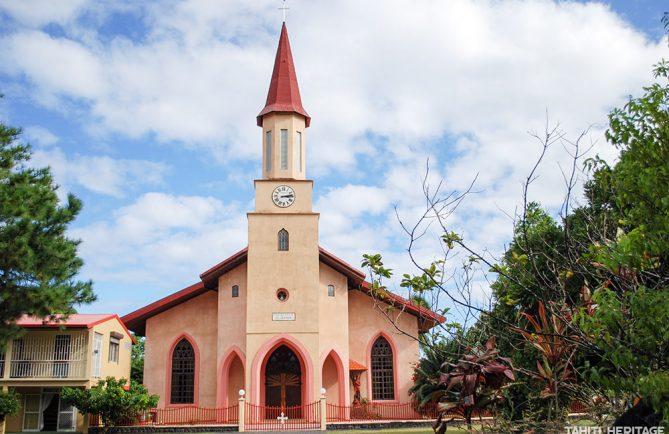 Eglise Saint-Michel de Papara © Tahiti Heritage