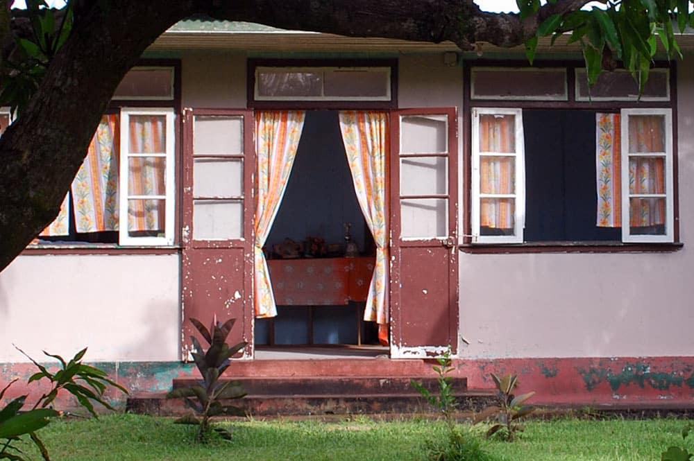 Maison rose de Tautira, à Tahiti © Tahiti Heritage