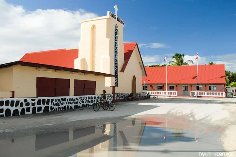 Eglise Saint-Pierre de Otepa sur l'atoll de Hao. © Tahiti Heritage