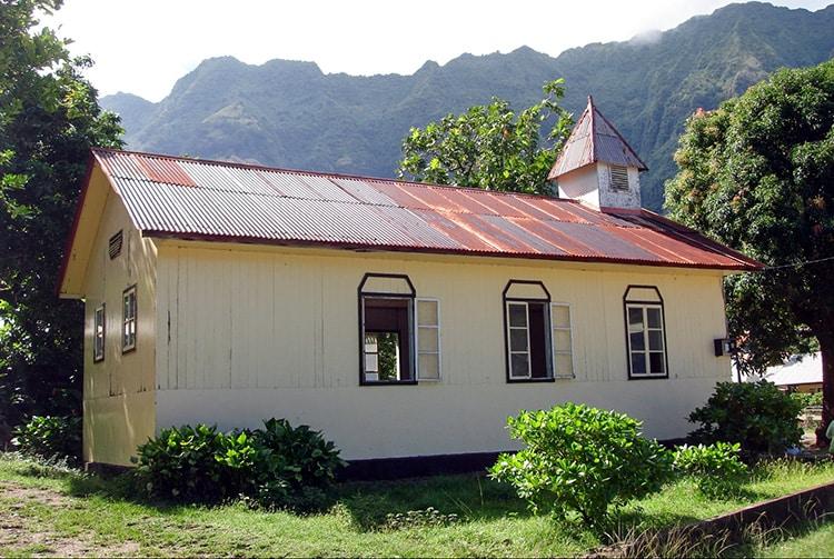 Temple protestant de Vaitahu, île de Tahuata. Photo Heidy Baumgartner-Lesage