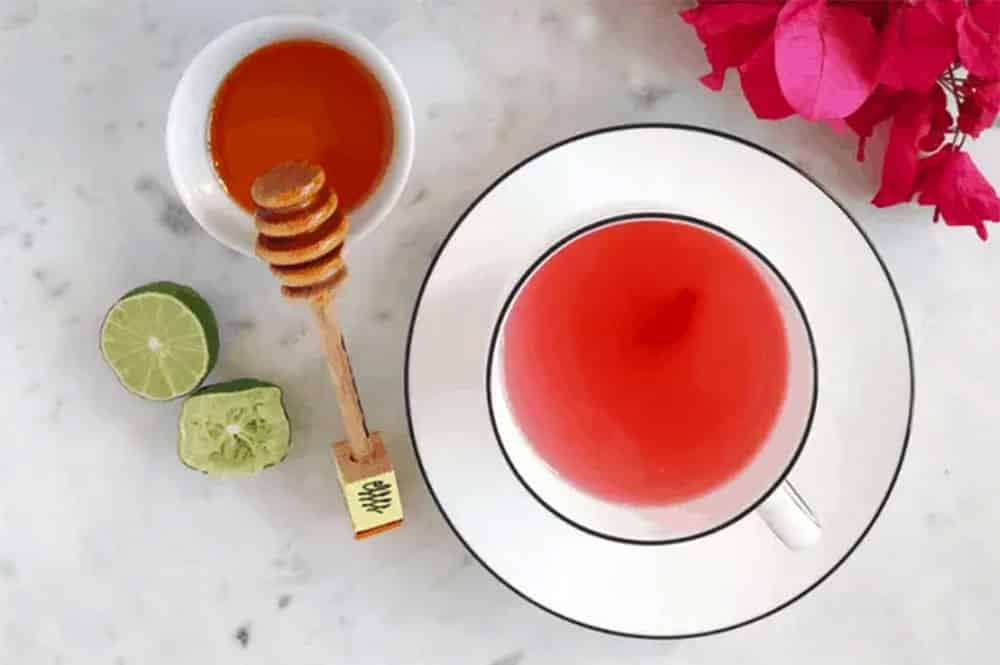 bougainvillier tea. Photo theothersideoftortilla