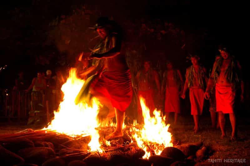 Marche sur le feu, Umu ti © Tahiti Heritage