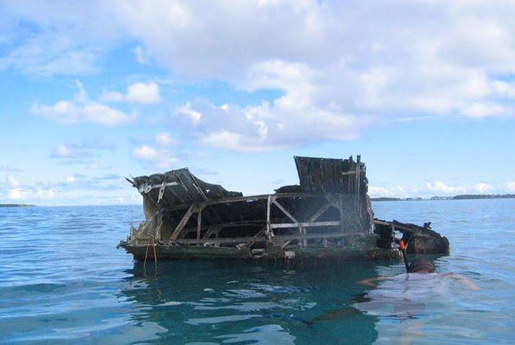 Epave de l'hydravion Catalina n°48 dans le lagon de Reao
