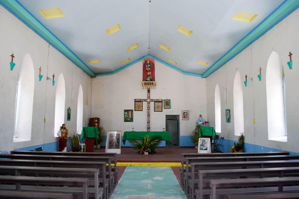 Intérieur de l'église de Raroia © Tahiti Heritage