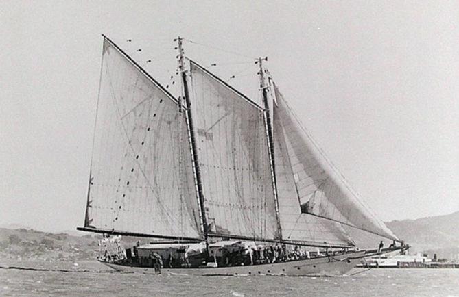 La goélette Te Vega de Crane, vers 1960