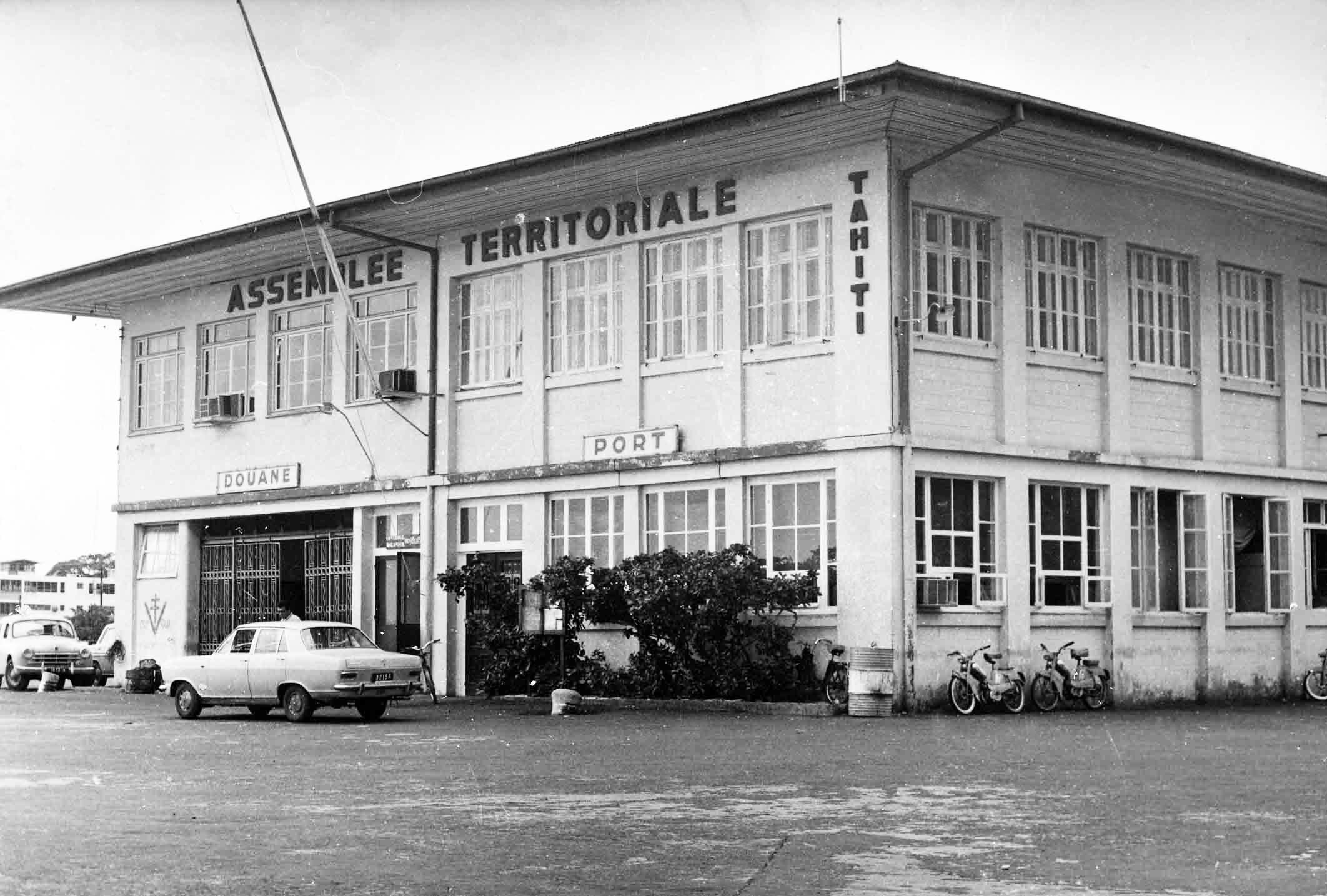 L'Assemblée-Territoriale en 1957. Fonds Mottet
