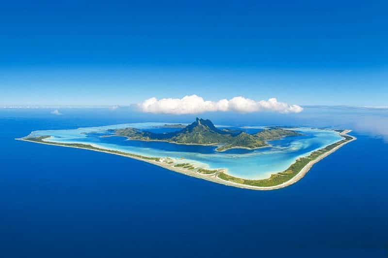 Bora Bora, vue aérienne. Photo etom82 maine