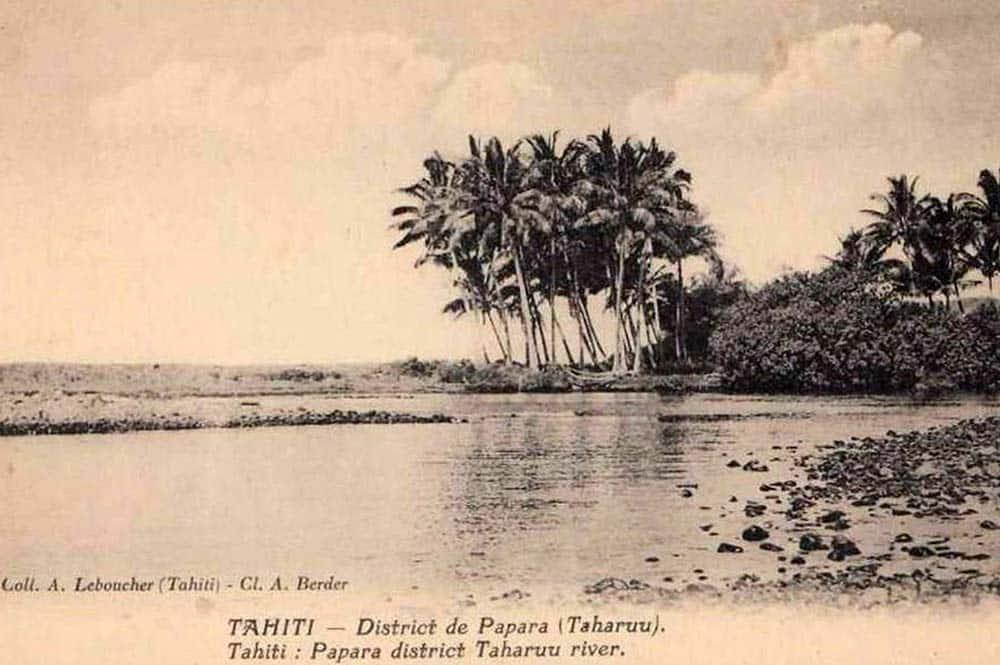 Baie de Popoti et l'embouchure de la Taharu'u vers 1930. Photo A. Berder