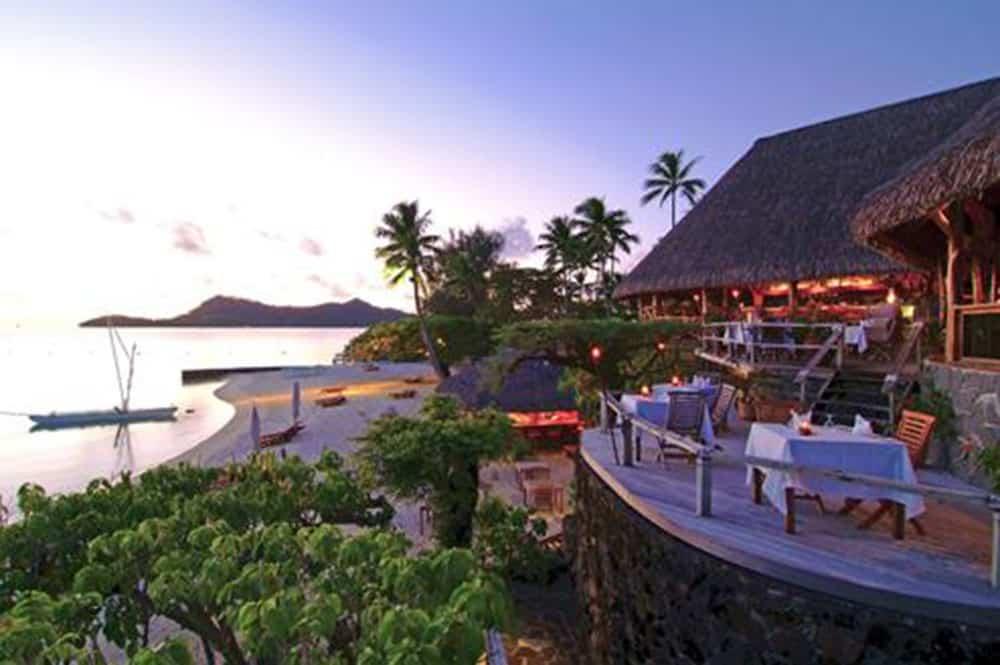 La terrasse de l'Hotel Bora Bora de Bora Bora vers 1990