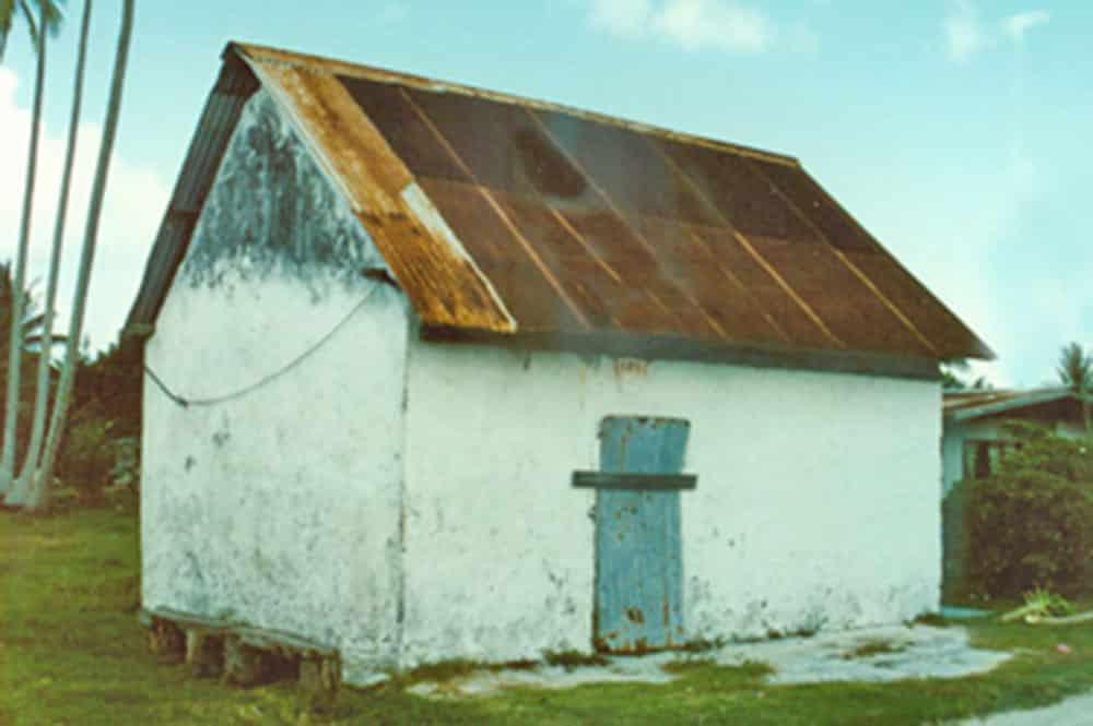 Ancienne prison de Takapoto en 1995