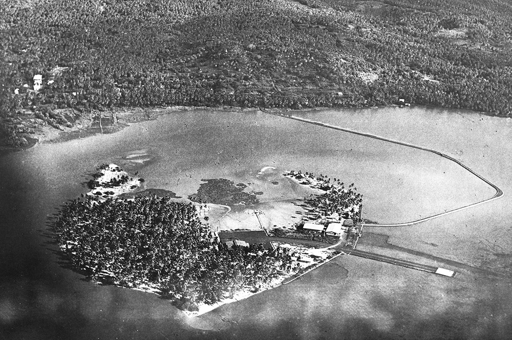 L'hydrobase du motu Tahiri en 1955