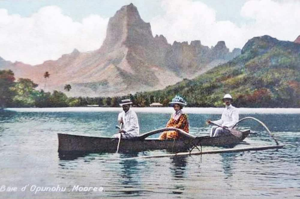 Baie de Opunohu à Moorea vers 1920. Photo Franck Homes