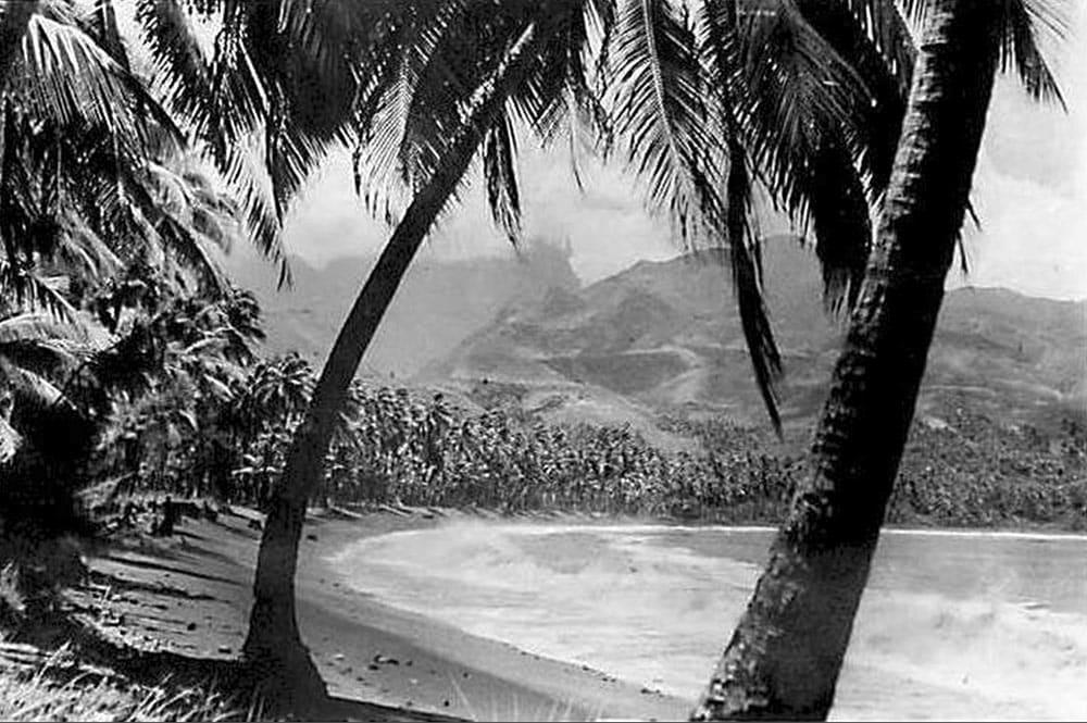 La plage de Matavai à Mahina en 1960