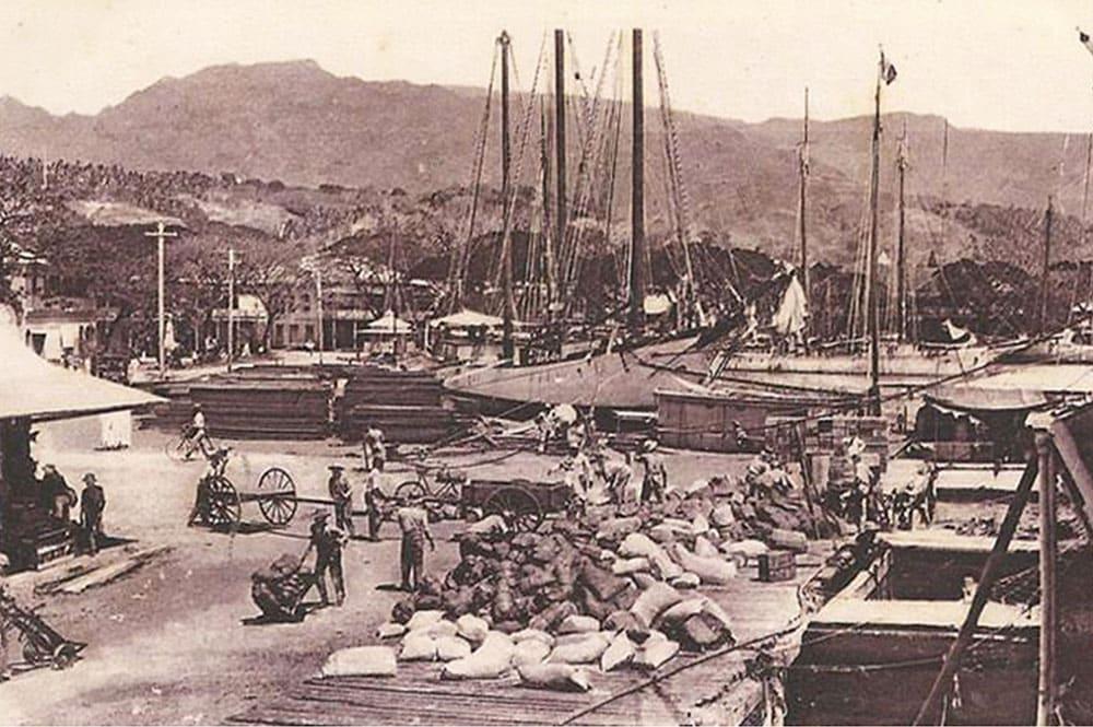 Le quai du commerce de Papeete en 1901