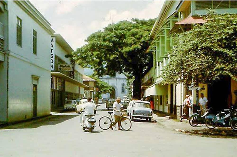 La rue Jeanne d'arc à Papeete en 1968