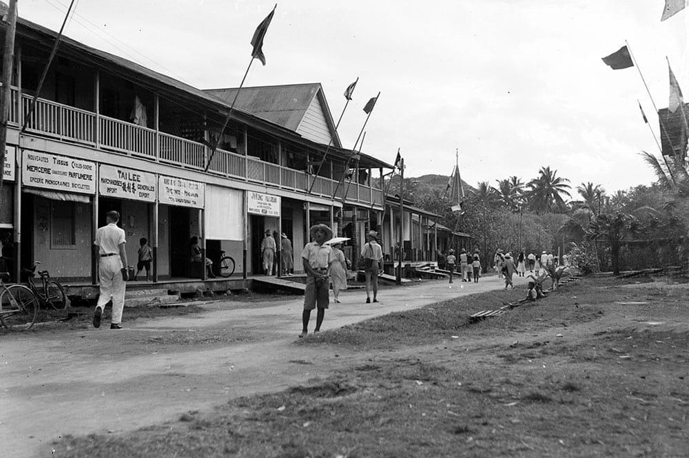 La rue principale d'Uturoa en 1940